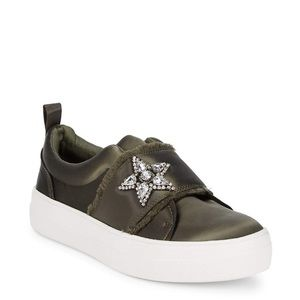 NIB Steve Madden Star Slip-On Sneakers